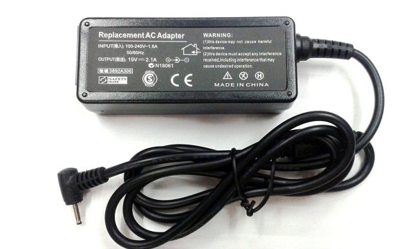 Asus Laptop charger 2.1A 4.0 1.35MM